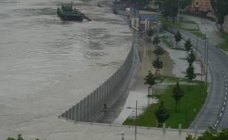 Flood defenses ibs technics gmbh for Porte 12 fooding